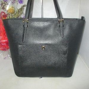 Michael Kors Bags - Michael Kors Jet Set Item LG Saffiano Leather Tote
